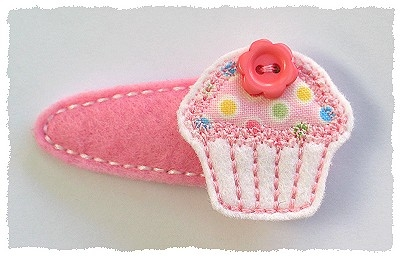 Button Cupcake Felt Stitchies