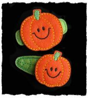 Smiley Pumpkin Felt Stitchies